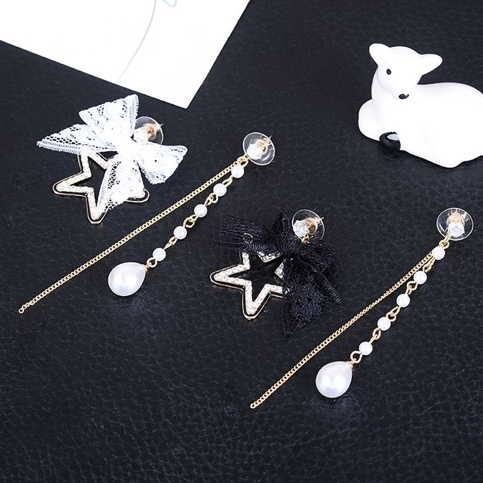 Lace Bowknot Rhinestone Star Embellished Asymmetrical Earrings